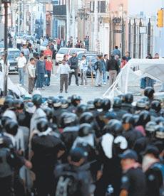 CARTAS  DE PROTESTA POR  LOS  ATAQUES ARMADOS CONTRA LOS CIUDADANOS EN MICHOACAN, ATENCO, OAXACA,
